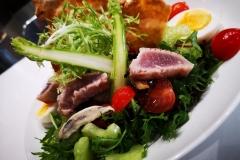 Miniature de la salade niçoise revisitée au thon